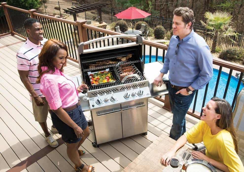 Czas na grilla! Grille przenośne, grille gazowe – jaki model wybrać?