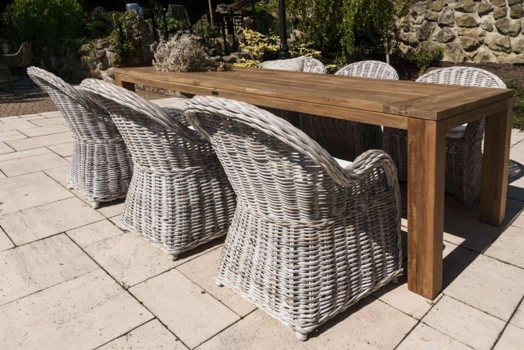 Stoły drewniane do ogrodu