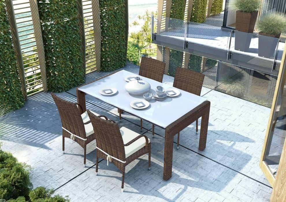 Krzesła balkonowe – poznaj najmodniejsze modele