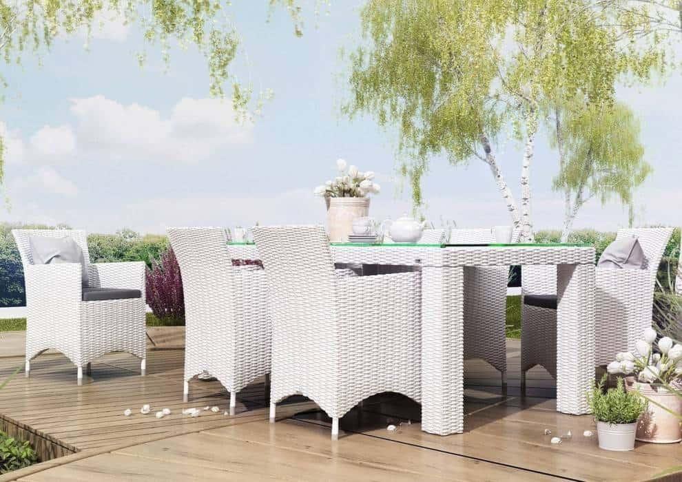 Duży stół na taras – ogród otwarty dla bliskich