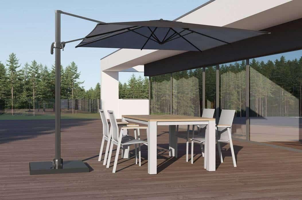 Stół ogrodowy z krzesłami – znajdź wariant skrojony na miarę Twojego ogrodu