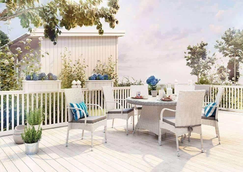 Komplet kawowy do ogrodu – stwórz swój rajski zakątek