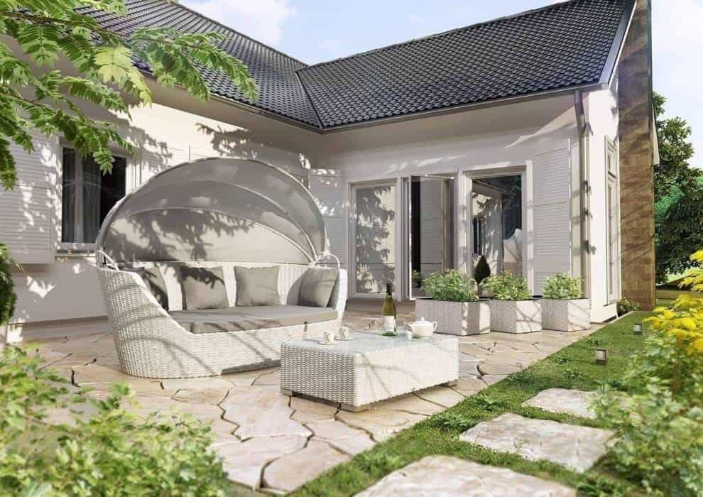 Łóżko ogrodowe z baldachimem – oddaj się relaksowi