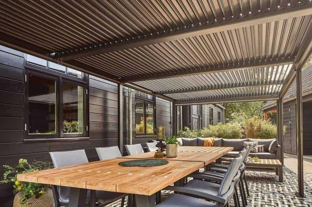 Altana ogrodowa nowoczesna i spółka, czyli innowacyjne rozwiązania  w ogrodzie