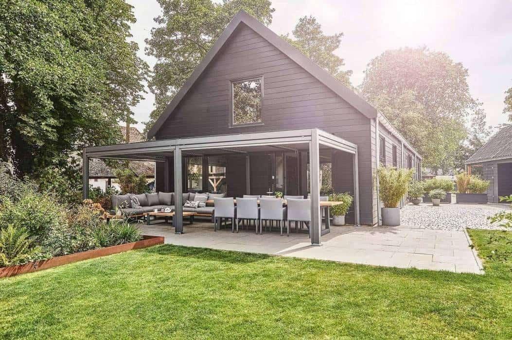 Altanki metalowe – zadbaj o swój ogród na wiosnę!