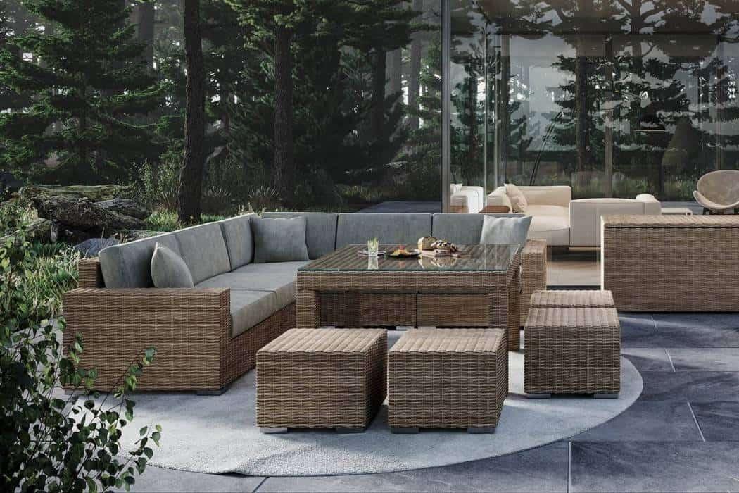 Sofa – technorattan w modnym ogrodzie