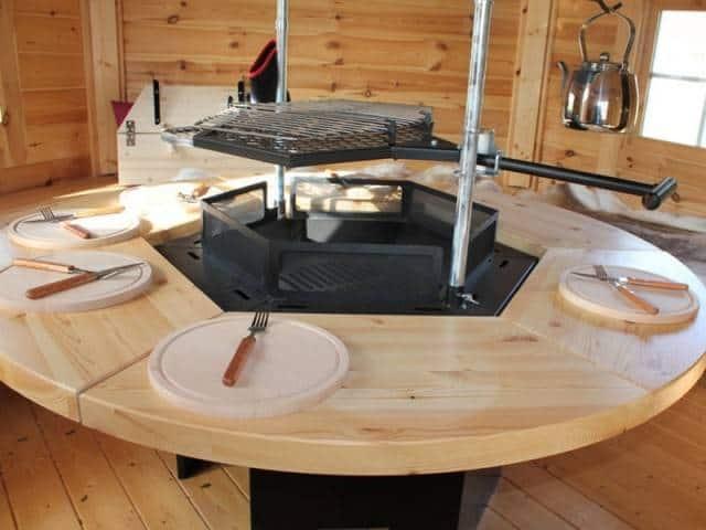 Stół na zaczepach okrągły