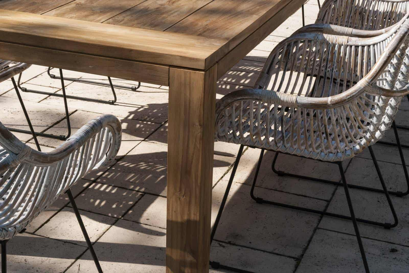 zestaw mebli tarasowych z krzesłami rattanowymi LAVAL