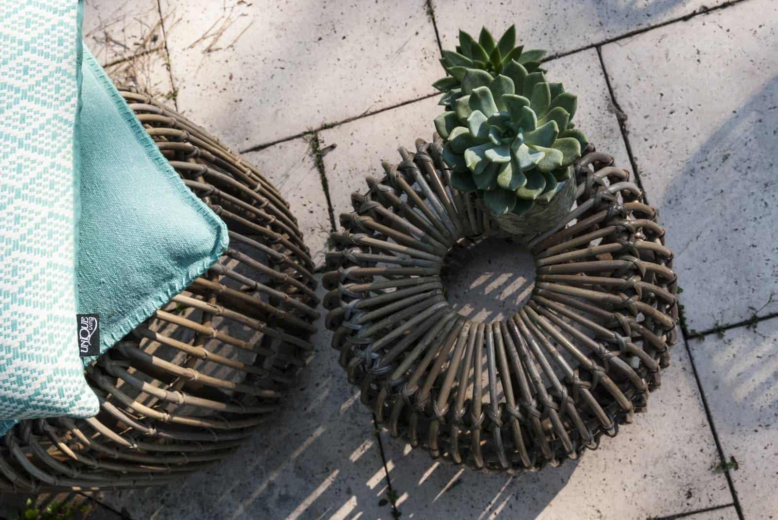 stolik ogrodowy puf rattanowy Cannes