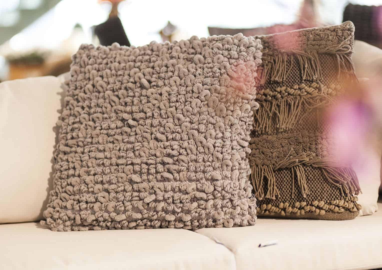 Poduszka dekoracyjna Silvan szarobeżowa 45cm