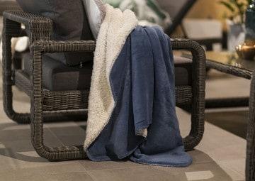 Pled / koc dekoracyjny Coby niebieski 160cm
