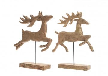 Drewniany renifer na podstawie