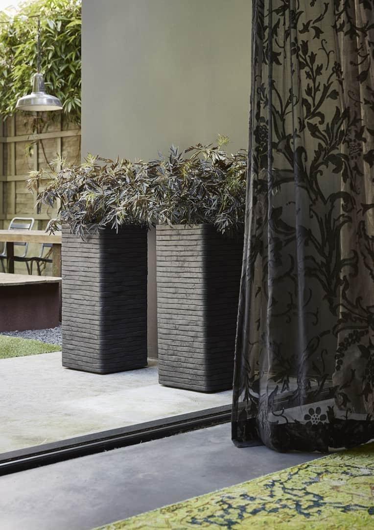 Donica ogrodowa z cementu OFI362 38cm