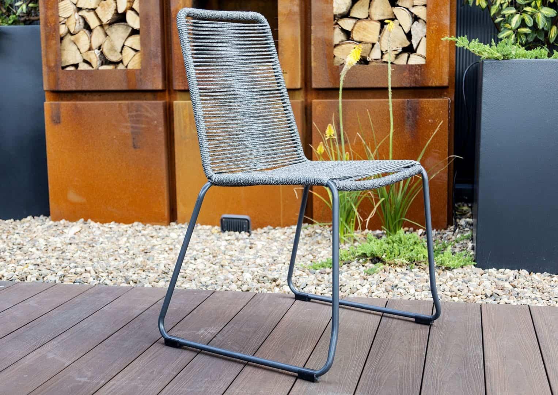 Jak urządzić mały taras? Krzesło ogrodowe ELOS