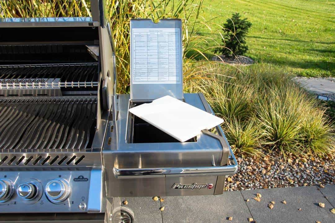 Grill ogrodowy gazowy PRO 665 RSIBNNS - propan-butan 355