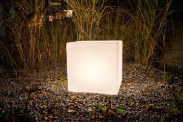 OUTLET: Lampa ogrodowa MAGIC LED CUBE RGB e27 ip 65 50cm 521