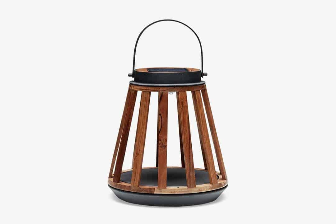 taras w stylu wiejskim: lampa Kate