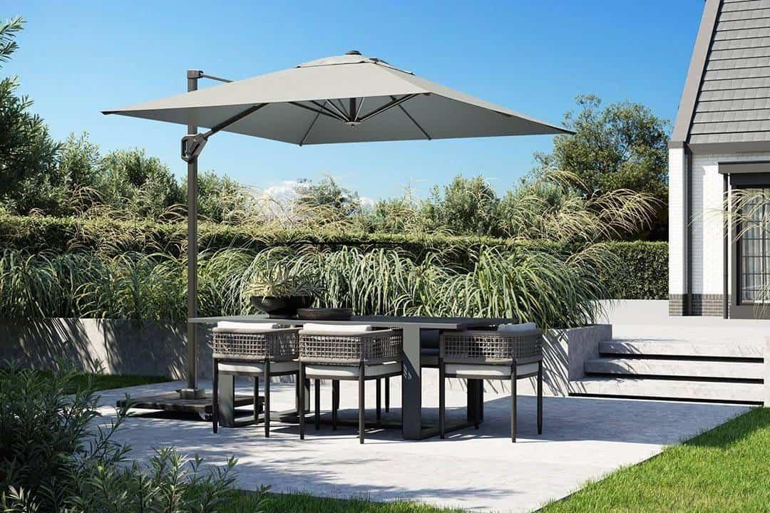 inspiracje ogrodowe 2021 - parasol ogrodowy Voyager