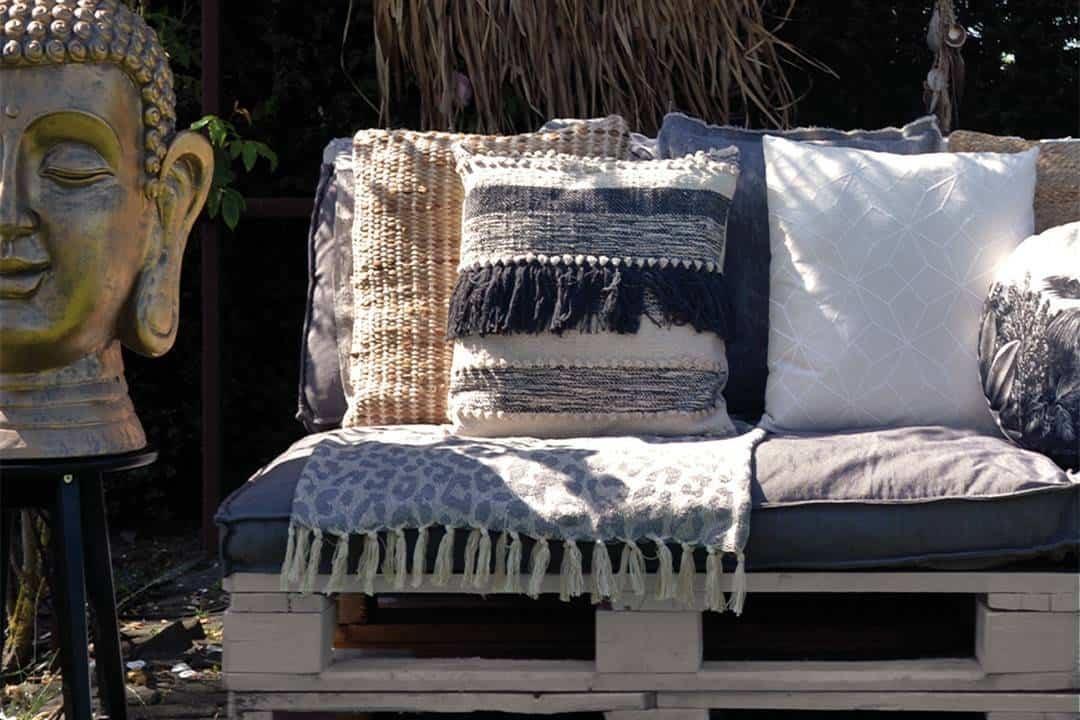 Poduszka ogrodowa dekoracyjna Levon błękitna