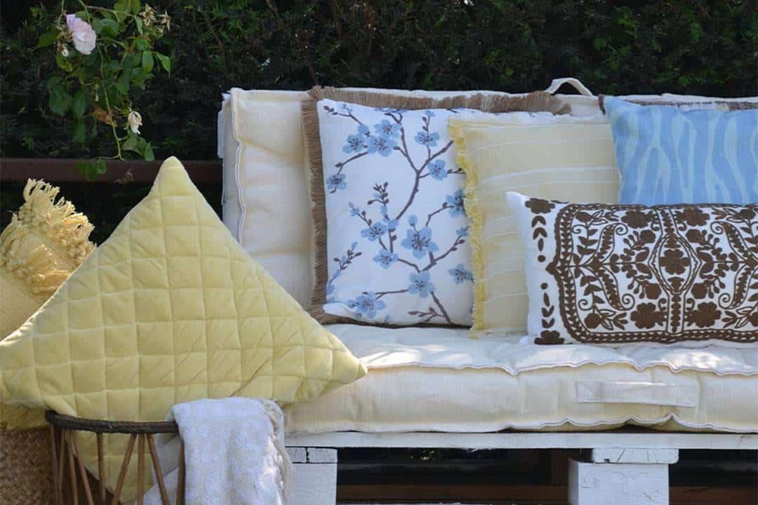 Poduszka ogrodowa dekoracyjna Jinty żółta